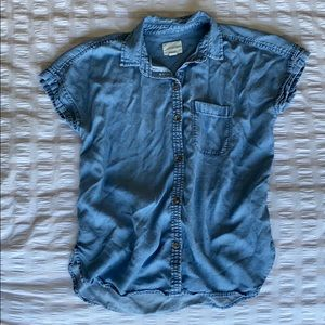 Denim short sleeve button up from American Eagle
